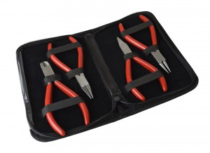 4 Piece 115 MM Plier Kit w/ Chain, Flat, Round Nose & Side Cutters