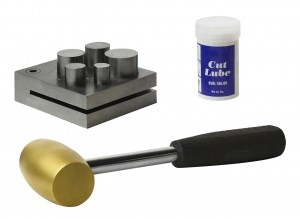 5 Piece Metal Disc Cutting Kit with Brass Hammer and Cut Lube